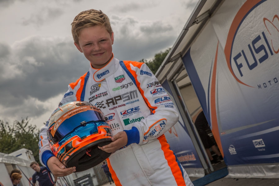 Taylor Barnard moves up to WSK with Kart Republic