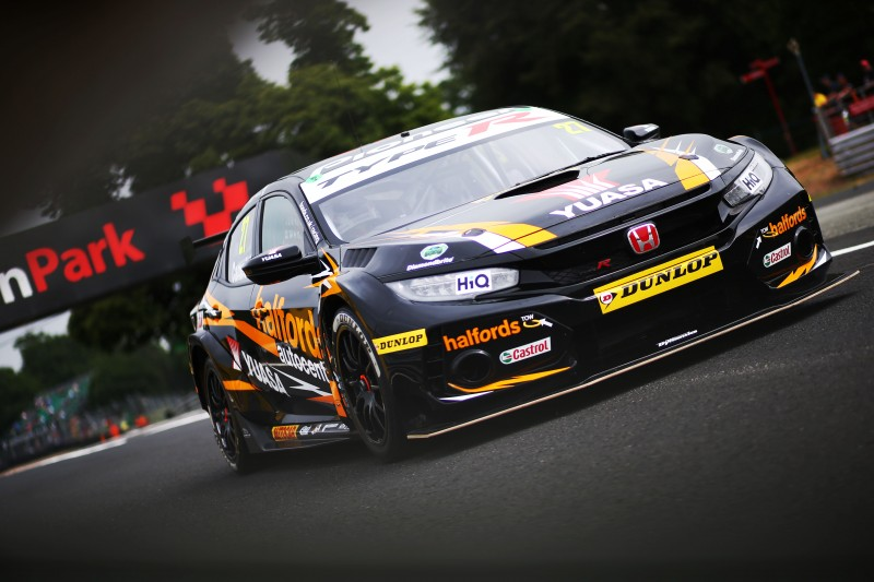 Cammish takes BTCC Jack Sears Trophy lead to Croft