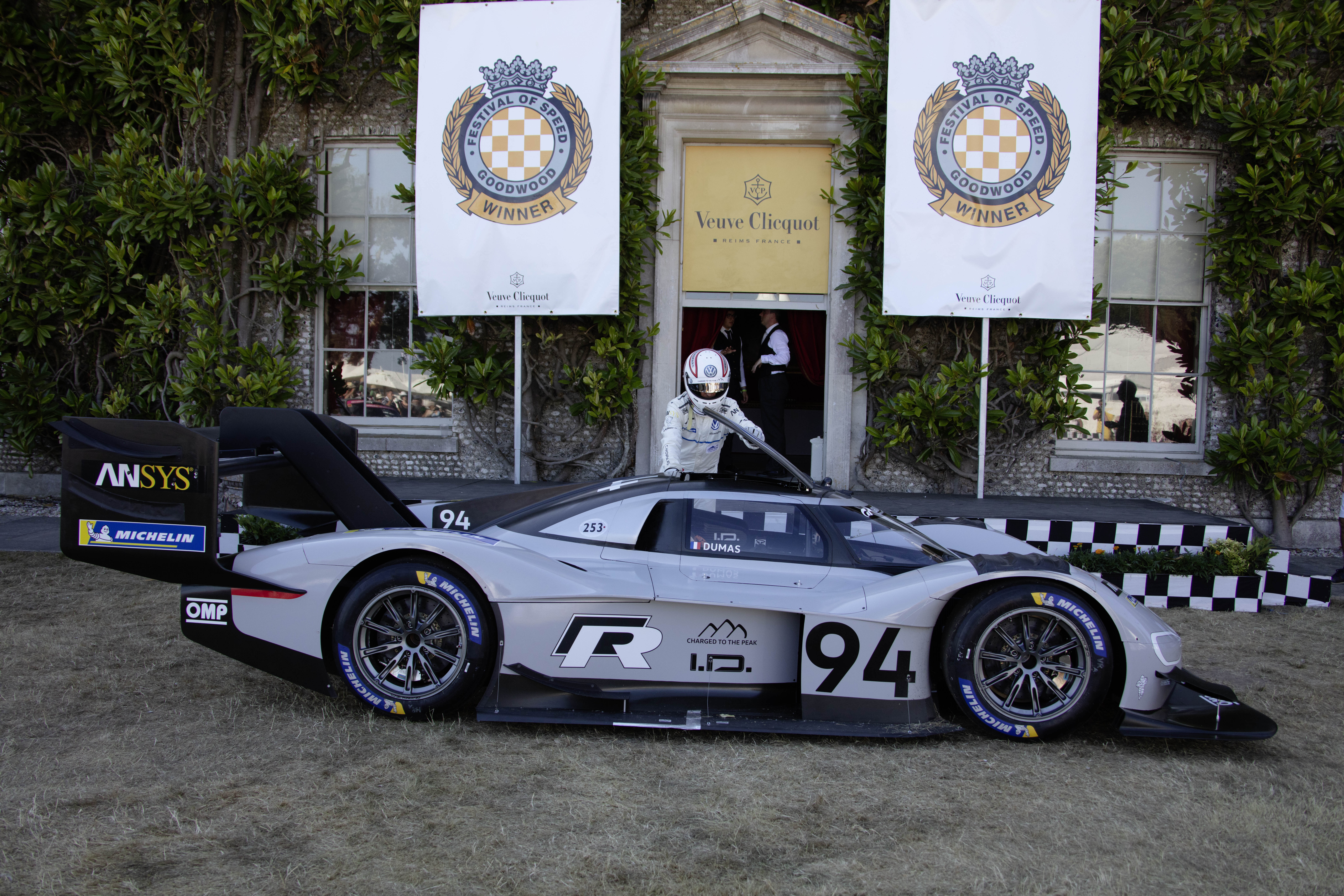Dumas sets new Goodwood electric car record