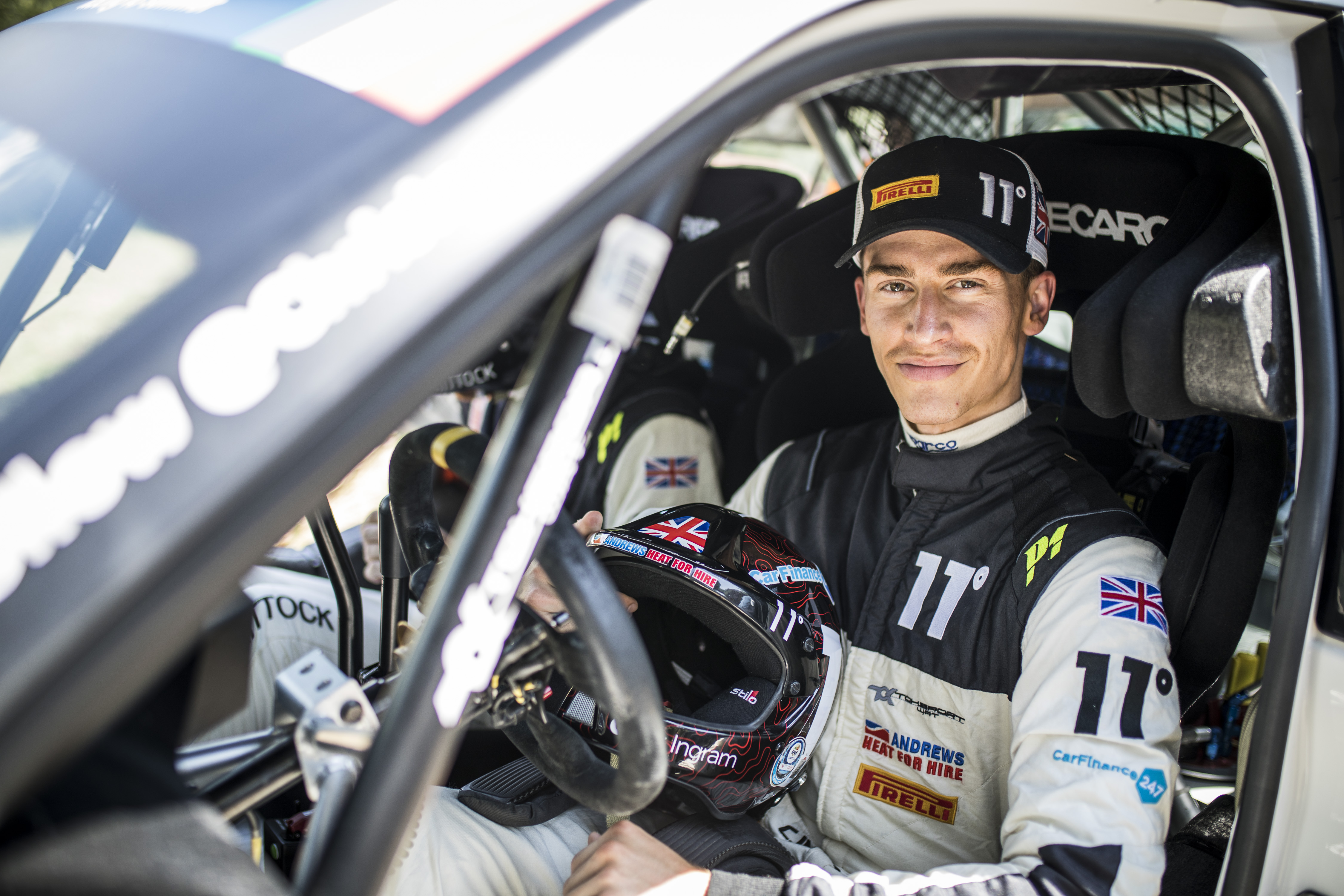Ingram aims for big Czech prize