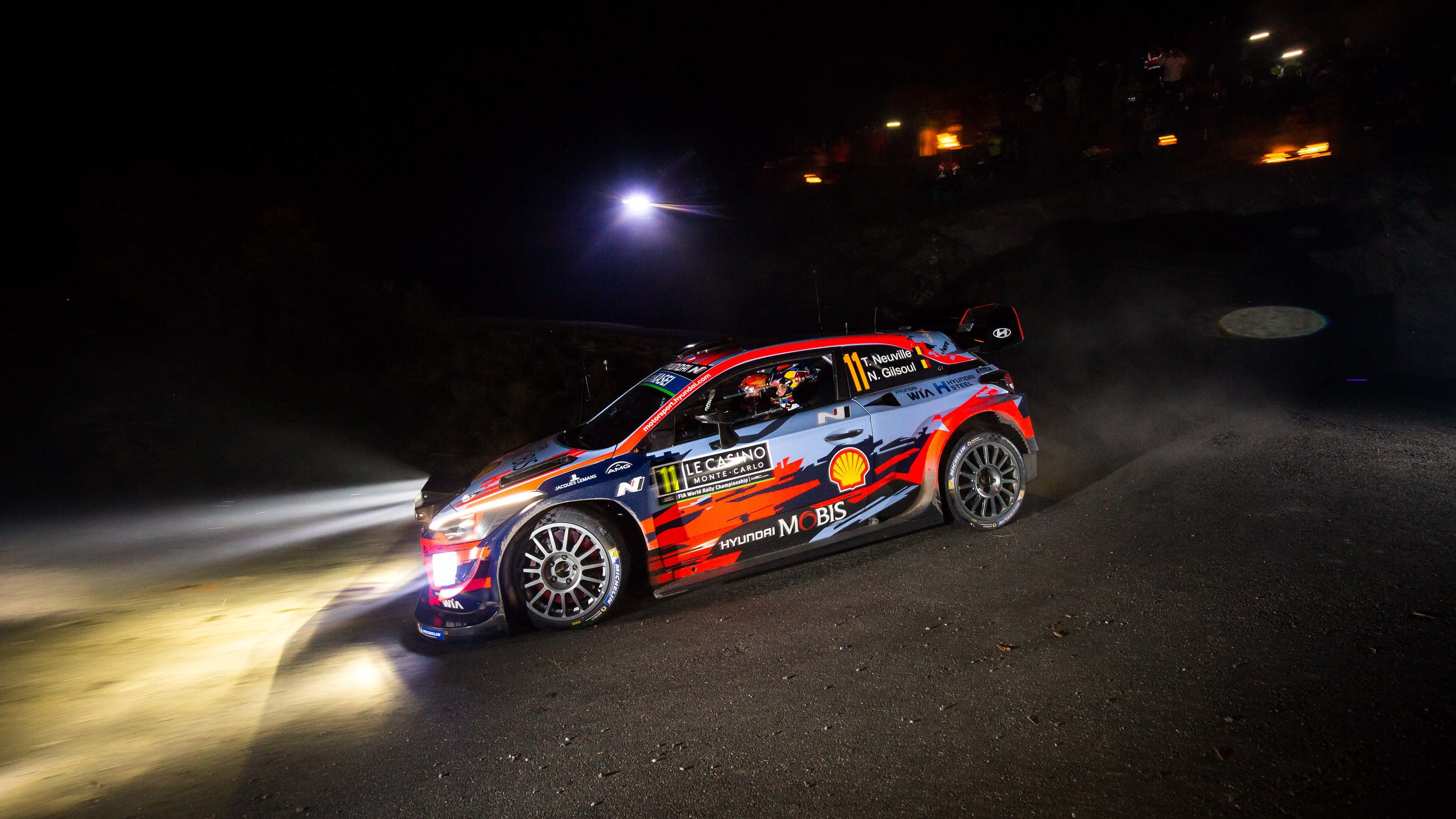 Lazer Lamps – lighting up the WRC