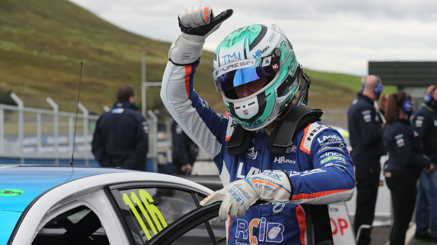 Sutton will 'come out swinging at Thruxton'